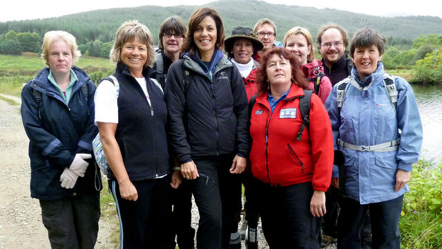 julia bradbury pics. Julia Bradbury walks in the